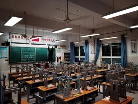 十堰市东风第五中学LED护眼灯改造